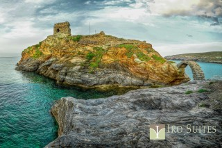 andros iro suites ruined venetian castle