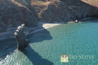 andros iro suites tis grias to pidima beach