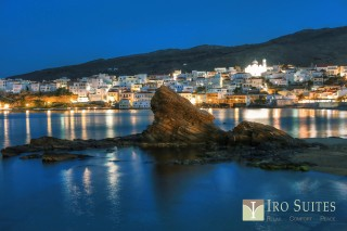chora iro suites night view